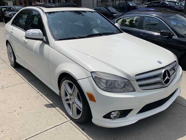 Pre Owned 2009 Mercedes Benz C Class C 350 Rwd 4d Sedan